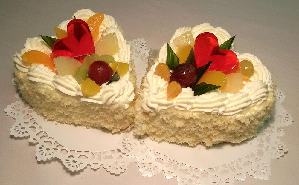 Słodkie torty - serca na Dzień Kobiet z Cukierni Markiza Stare Babice