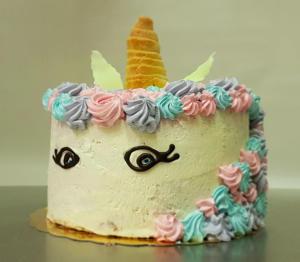 Tort jednorożec  - Cukiernia Markiza Stare Babice