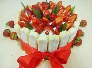 Tort z owocami - Cukiernia Markiza Stare Babice