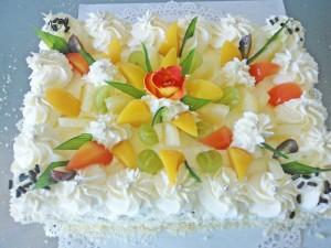 Tort z owocami, kremowy - Cukiernia Markiza Stare Babice