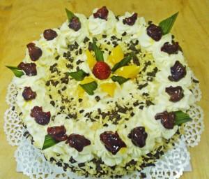 Tort kremowy - Cukiernia Markiza Stare Babice